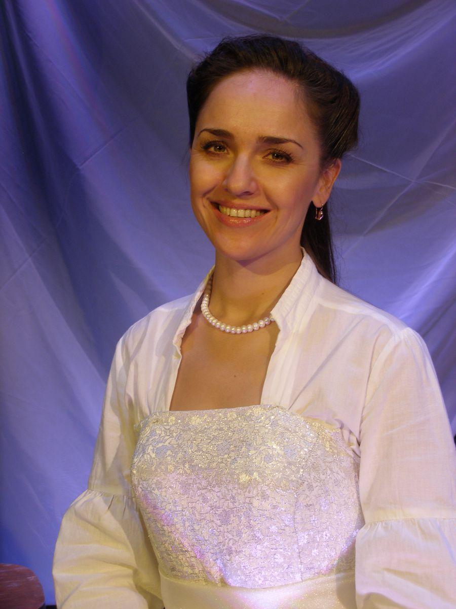 Янина Заостровцева